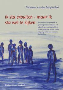 ISBN: 9789023970378 Auteur: Christiane van den Berg-Seiffert Titel: Ik sta erbuiten - maar ik sta wel te kijken Ondertitel: De relationele dynamiek in geloofsgemeenschappen na seksuele grensoverschrijding in een pastorale relatie vanuit het perspectief van primaire slachtoffers Flaptekst:  In de tumultueuze dynamiek na het bekend worden van seksuele grensoverschrijding in een pastorale relatie wordt vaak veel over primaire slachtoffers gesproken en weinig met hen. In dit onderzoek vertellen mensen die seksuele grensoverschrijding hebben ondergaan hoe zij de dynamiek in hun geloofsgemeenschap hebben ervaren. Uit deze gesprekken blijken de schade van de grensoverschrijding en het belang van goede gemeentebegeleiding, evenals de grote betrokkenheid van slachtoffers op hun gemeente. Christiane van den Berg-Seiffert (1974) studeerde theologie in Leiden en is als predikante verbonden aan de Leidse Studenten Ekklesia. Zij promoveerde op dit onderzoek aan de Protestantse Theologische Universiteit.